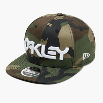 Produkt OAKLEY Mark II Novelty Snap Back Core Camo